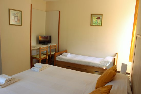 Camares, France : Chambre triple