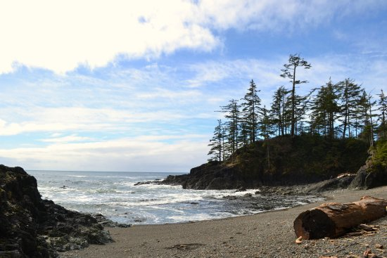 Port Hardy, Kanada: One of the many hidden coves at Palmerston Beach.
