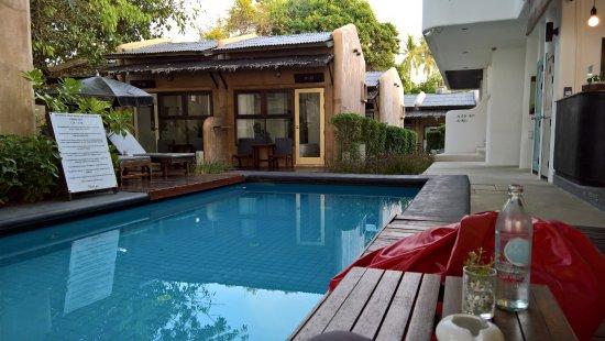 the hammock samui beach resort  kleiner pool zwischen bungalows und essbereich bar restaurant kleiner pool zwischen bungalows und essbereich bar restaurant      rh   tripadvisor co uk