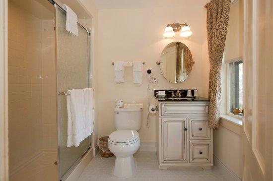 Jackson, New Hampshire: Main inn bathroom
