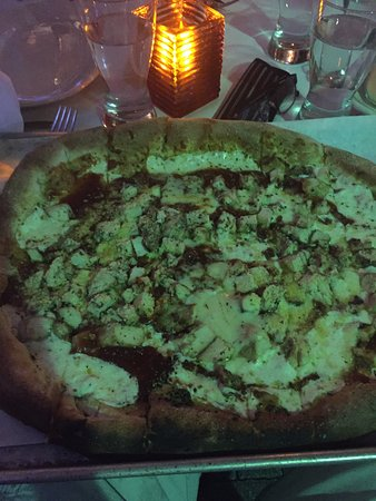Vic & Angelo's Delray Beach: Buffalo Chicken Pizza