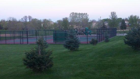 Champlin, MN: Tennis Courts!