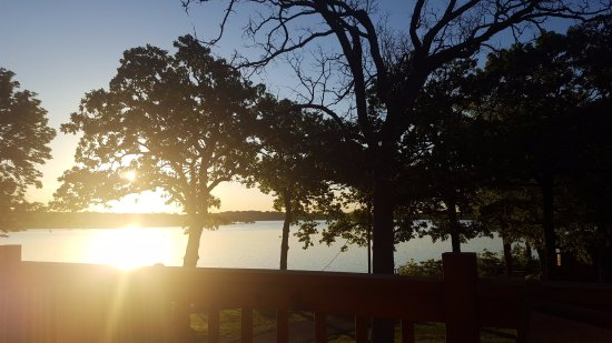 Grove, OK: Cabin 25 - view of lake from deck