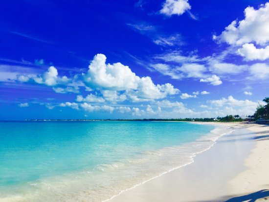 Treasure Cay Beach, Marina & Golf Resort: 3.5 miles of white sand beach