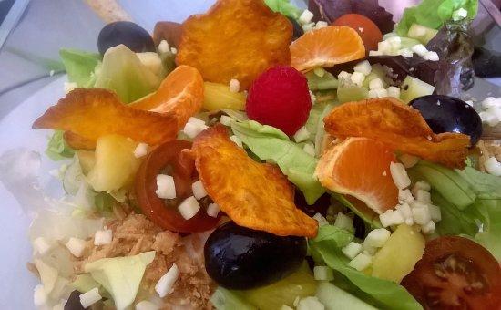 Vimbodi, Spain: Variedad en ensaladas del tiempo