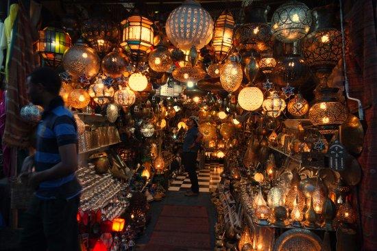 Riad Al Badia: Lanterns galore