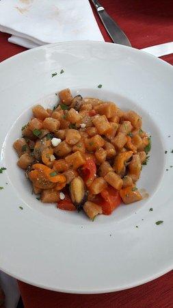 Villa Adriana, Italien: gnocchetti (non ricordo come li chiamano loro) ai frutti di mare