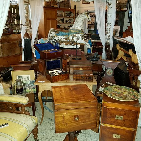 Danfield Antiques & Art