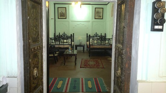 Mahal Khas Palace Picture