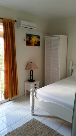 St. James Guesthouse: SEA VIEW