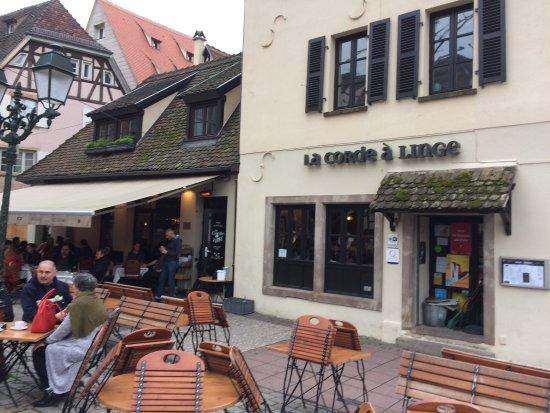 restaurant la corde linge dans strasbourg avec cuisine. Black Bedroom Furniture Sets. Home Design Ideas