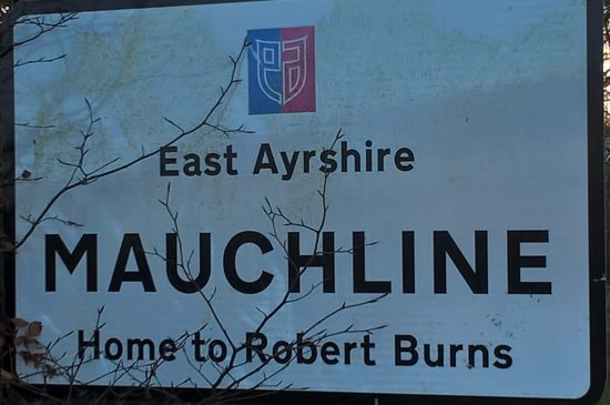 Mauchline, UK: Home to Robert Burns    www.m-linetravel.co.uk