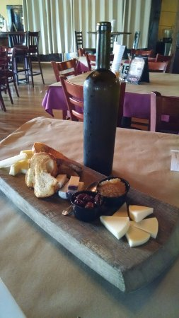 Hamburg, NJ: Italian Cheese Board