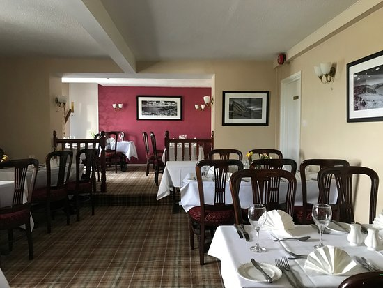 Lastra Farm Hotel & Restaurant: The dining room