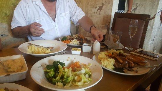 Ashover, UK: 20170507_144945_large.jpg