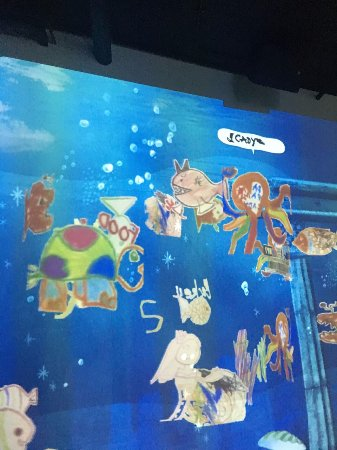 an enjoyable trip in singapore essay Singapore family travel guide and things to do: 20 reasons to visit sally webb sentosa island is known as the state of fun in singapore it's full of hotels and resorts, sandy beaches with private beach clubs.