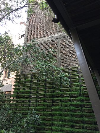 Lastarria Boutique Hotel: Courtyard