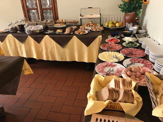 San Lino: Tavola delle colazioni