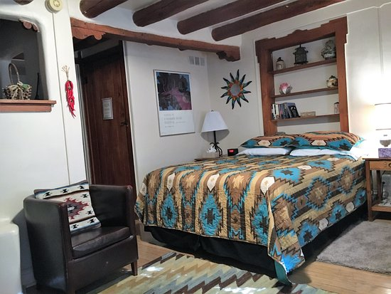Inn at Pueblo Bonito Santa Fe: History details intentionally preserved in each comfortable, charming guest room at Pueblo Bonit