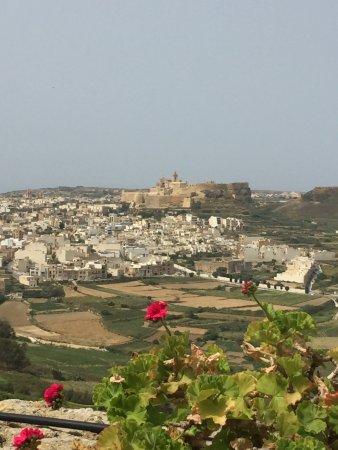 Bellavista Farmhouses Gozo: een geweldig uitzicht op de citadel van Victoria.
