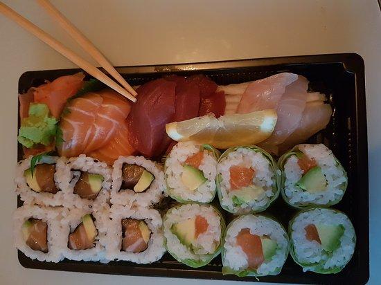 Restaurant ayako sushi quimper dans quimper avec cuisine for Cuisine quimper