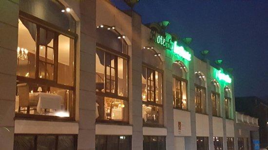 Hotel de la poste relais de napoleon iii bouillon for Exterieur nuit