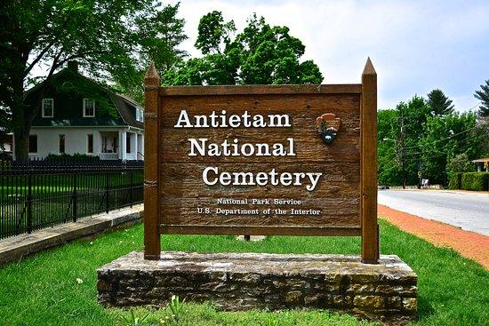 Sharpsburg, MD: Antietam National Cemetery