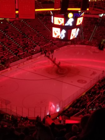 PNC Arena: perfect night of hockey!!!!
