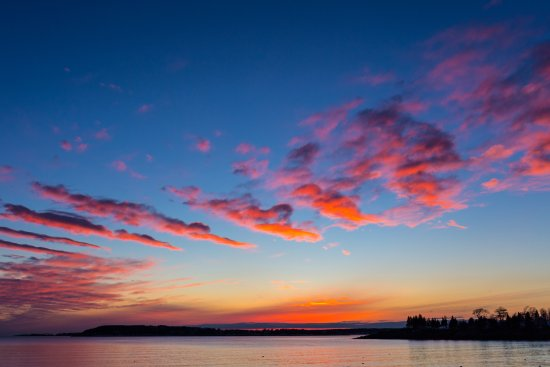 East Boothbay, ME: Fabulous Ocean Point sunsets!