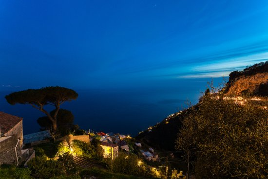 Amalfi Hills Country Hotel