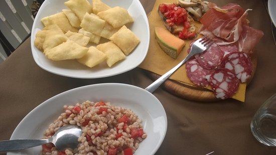Castiglione di Garfagnana, Italy: antipasti