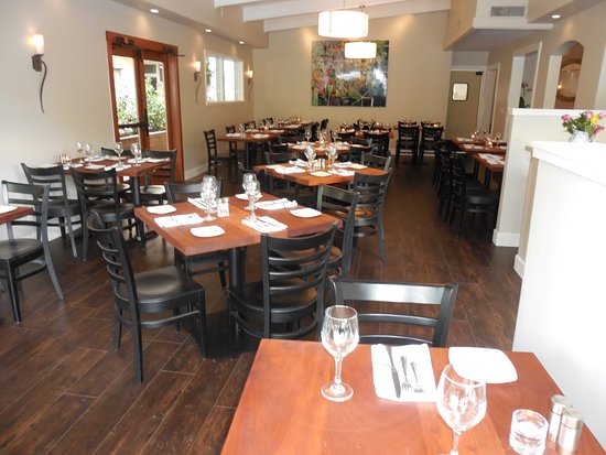 Benvenutiu0027s Dining Room   Picture Of Benvenuti Ristorante ...