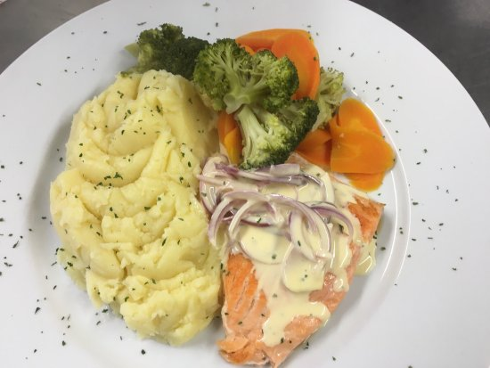 Limavady, UK: Great home cooking at the ROE DINER