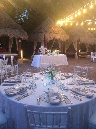 Another Picture Of The Beautiful Table Set Up For The Wedding