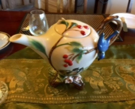 "Scottsdale, Australia: The ""butchest"" teapot in Tasmania."
