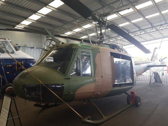 Caloundra, أستراليا: Bell Model 205 UH-1H Iroquoi (Huey)