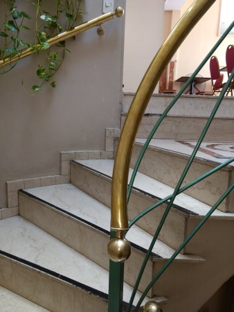 America Plaza Hotel: IMG_20170403_110203124_large.jpg