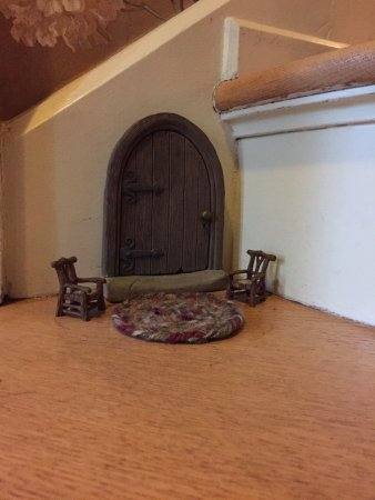 "Annville, PA: in a tiny corner of the first step was a cute little ""mouse hole"" and sitting area!!!"