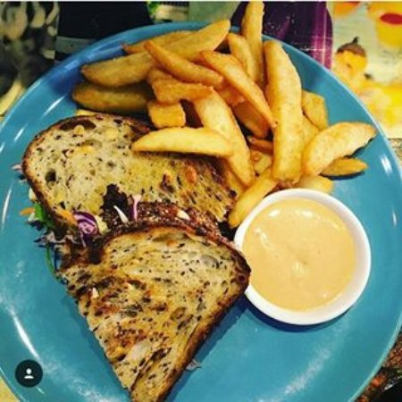 Artarmon, Australia: Pulles Pork Sandwich