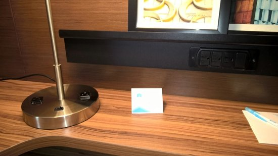 Martinsburg, WV: No USB power ports anywhere in the room