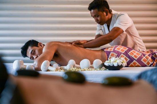 Shintamani Spa: Heated Compress Massages