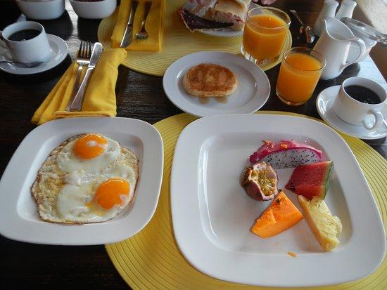 Coco Beach Resort Frühstück