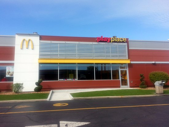 Elk Grove Village, IL: the PlayPlace at McDonald's