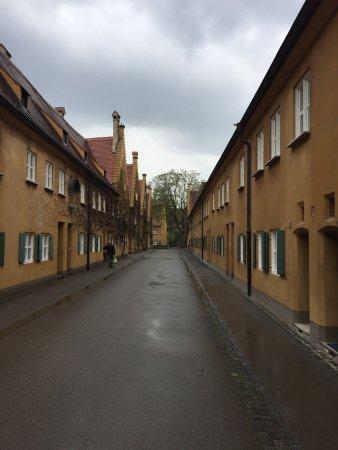 Fuggerei: Auch bei Regen sehenswert