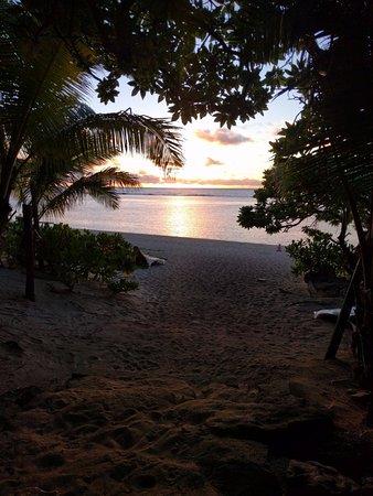 Ha'atafu Beach Resort: lovely sunset