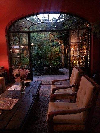 Villa Ganz: Hacia el jardín