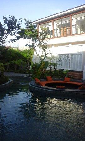 Daybed at na suite terrace foto yats colony yogyakarta for Terrace yogyakarta
