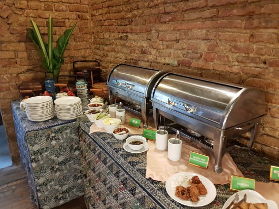 Courtyard @ Heeren Boutique Hotel: Some of the breakfast spread