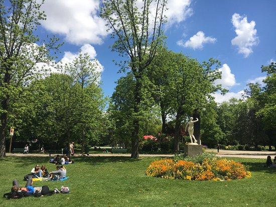 photo5.jpg - Picture of Jardin des Plantes, Toulouse ...