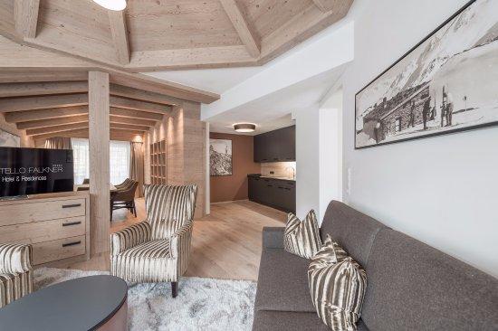 Hotel Castello Falkner Wohnzimmer Chalet Just Luxury